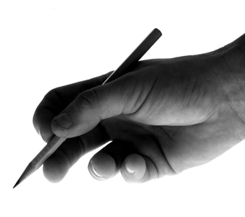 Picture with a hand that holds a pen